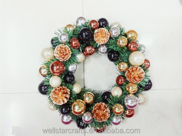 2016 Factory wholesale for indoor christmas bauble wreath decoration