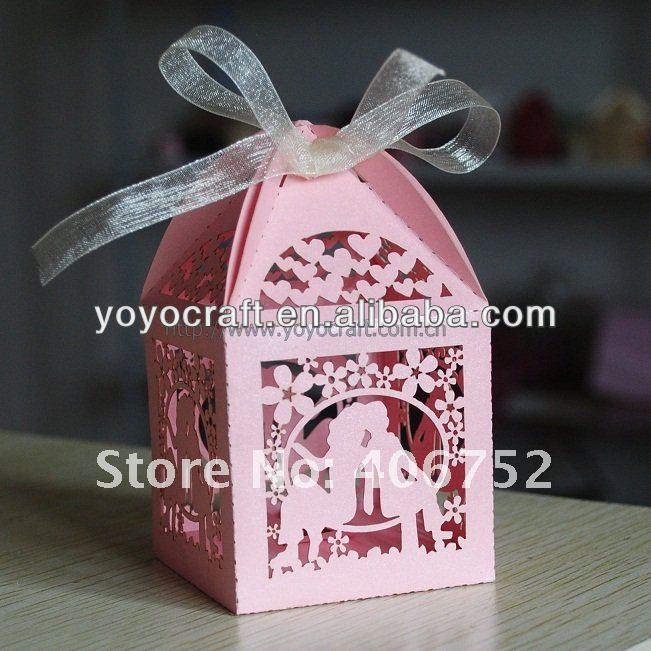 Bride and groom!Free design various colors love hearts wedding box souvenirs box free logo MOQ100pcs bride and groom favour box