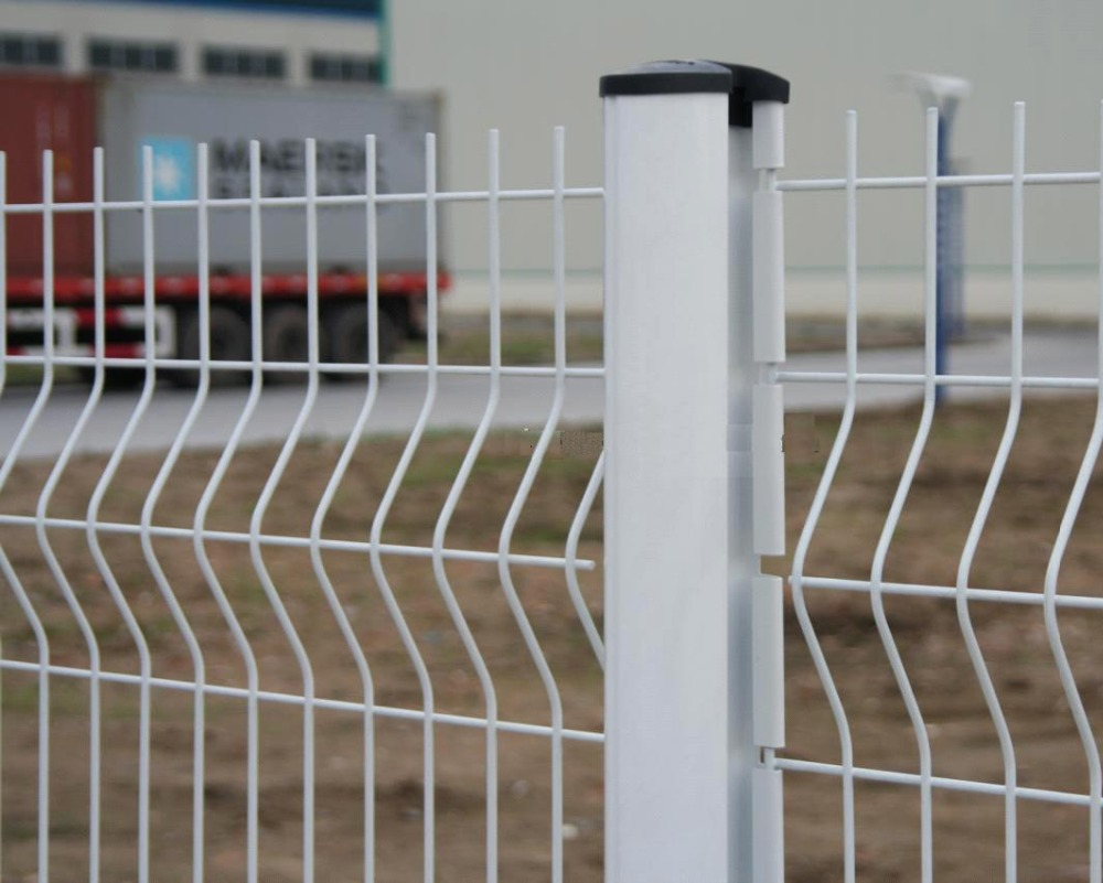 White Vinyl Coated Welded Wire Fence With Galvanized And