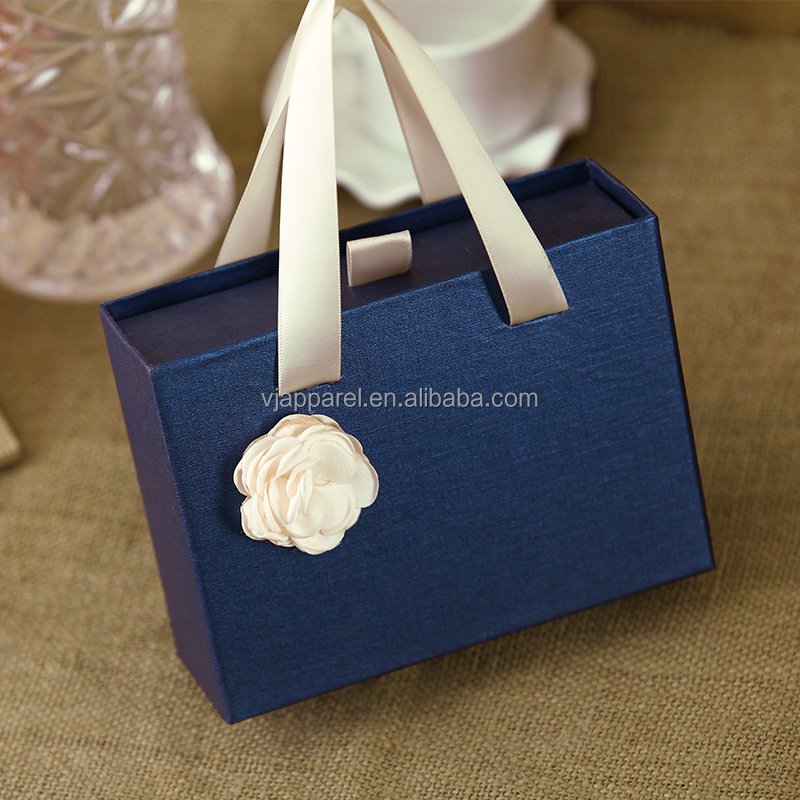 Luxury rigid paper sliding drawer gift box with ribbon handles rope drawer box <strong>packing</strong>