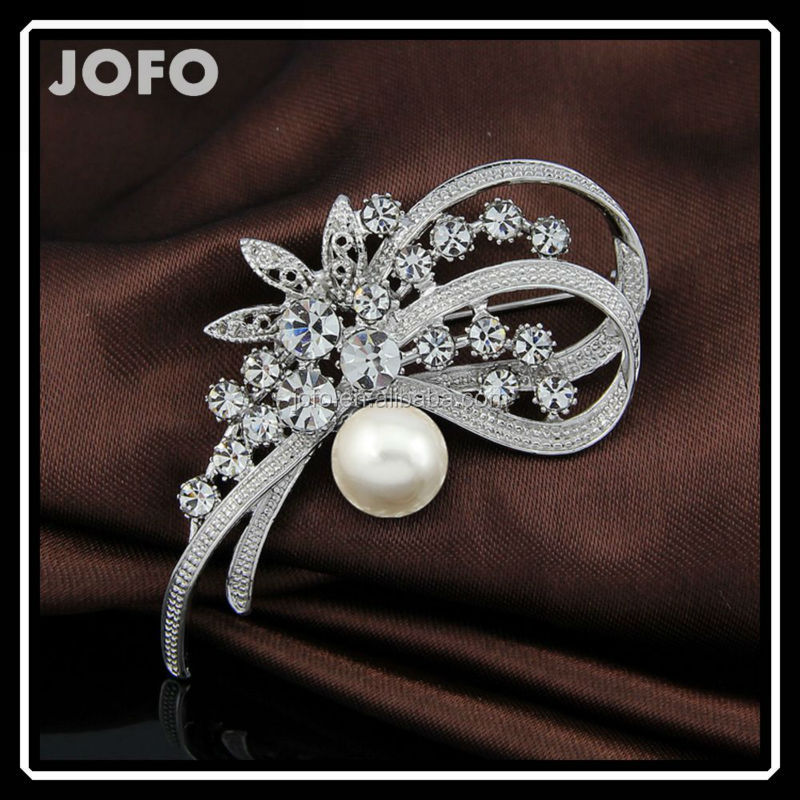 Hot Sell Beautiful Brooch With Crystal Rhinestone For Decoration With <strong>Alloy</strong> DRJ0232