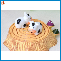 Pvc free kids gift inflatable cow figures
