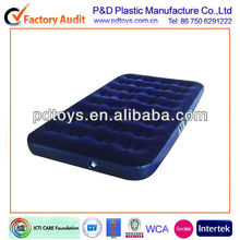 Easy inflate double size flocked air bed with buit-in air pump