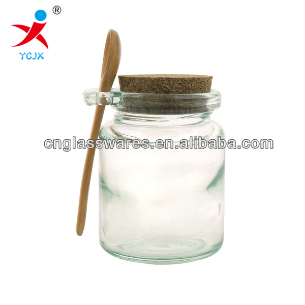 GLASS HONEY JAR WITH WOODEN TOP