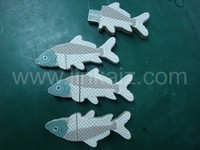 Design professional custom 3d promotion gifts fish shaped usb drive 8gb