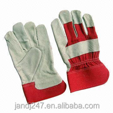 Jean and Leather <strong>Glove</strong> Use For Construction