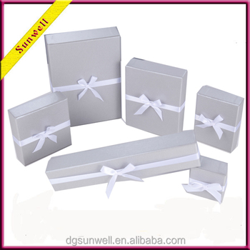 Dongguan High quality custom jewelry boxes hot style