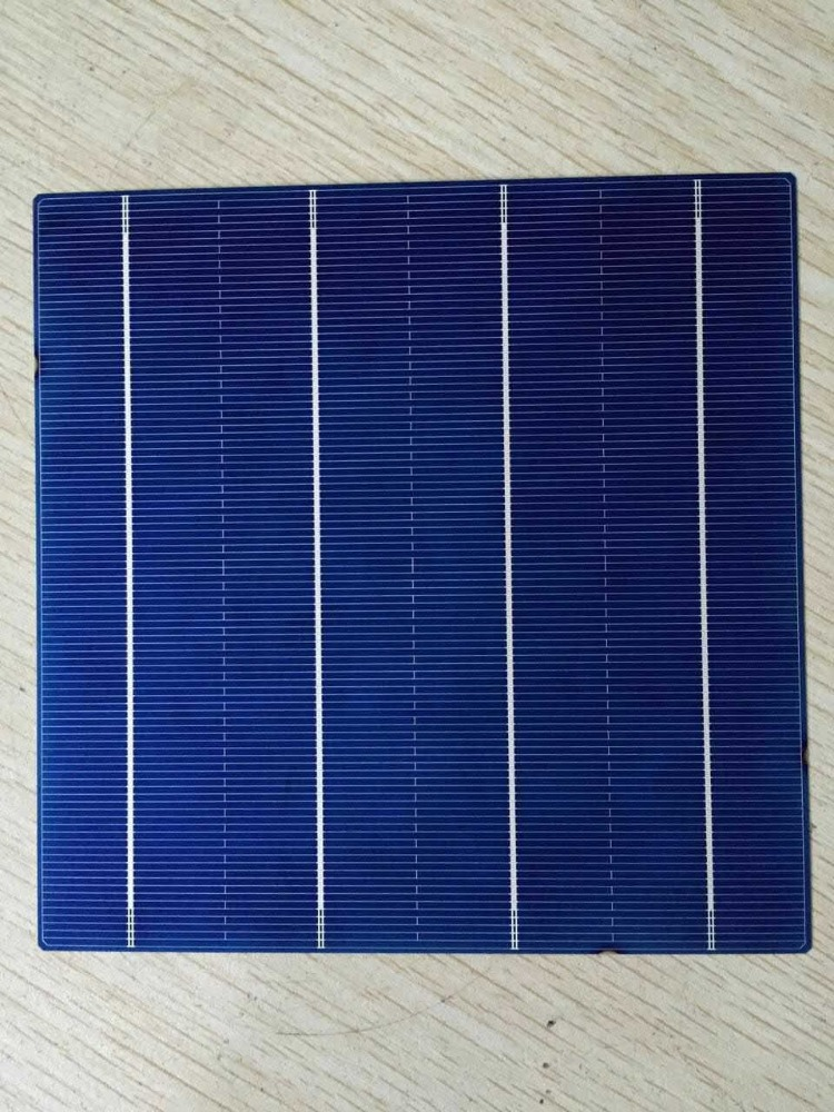 cheap sale 6 inch 4BB poly solar cell MADE IN TAIWAN, super high efficiency 4 busbar multi crystalline solar cells