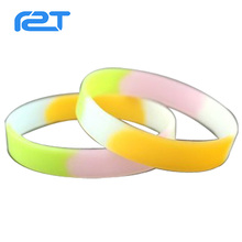 Most Popular Best Selling Custom section color Silicone Rubber Wrist Band