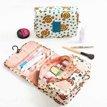 Premium quality portable waterproof polyester hanging cosmetic bag organizer