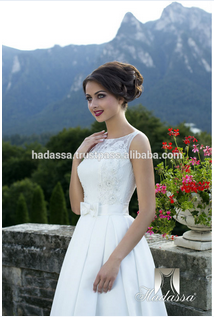 New lace and bridal satin Wedding dress