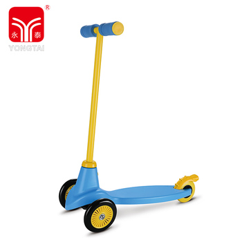 Newest Style 3 Wheel Kick Scooter, Environmental Protection Child Scooter PVC Handle