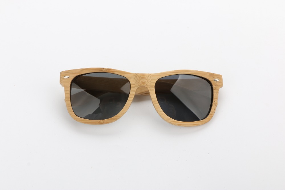 Handcrafted bamboo wooden custom logo CAT 3 polarized lens sunglasses T8401