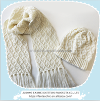 ladies soft handfeel knitted winter beanie fringe scarf