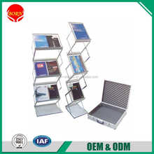 Sample Free Christmas use Iron Aluminum Material Magazine Display Stand