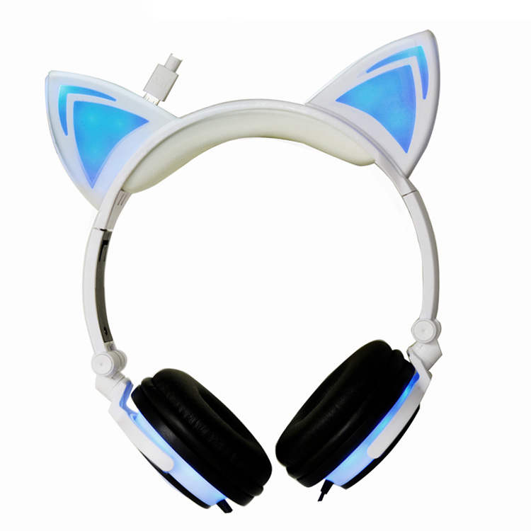 2017 Shenzhen factory rechargeable LED light kids headphones stereo bluetooth headphone