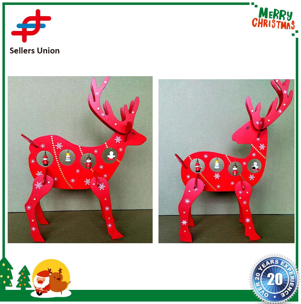 OEM XMAS Gift mini table Decoration wood Christmas deer with ornament for Xmas