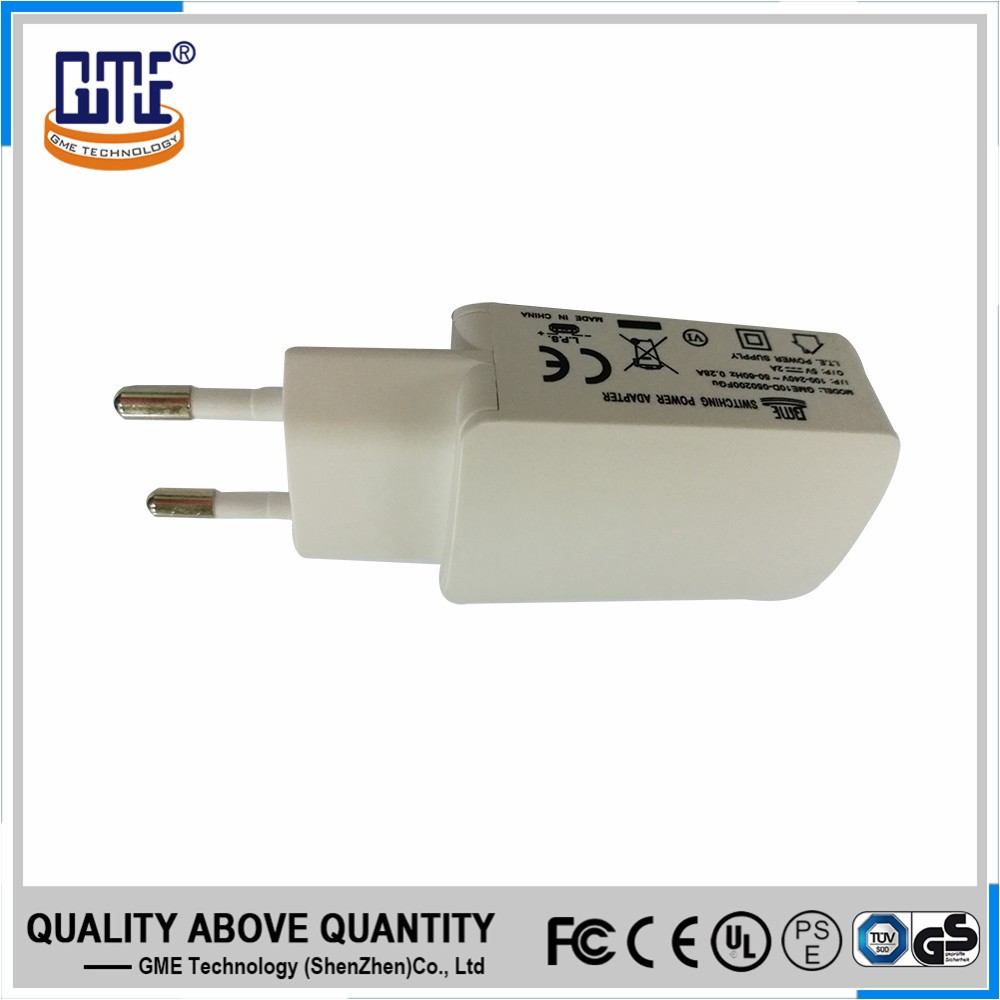 100-240v ac white EU plug portable 5v 2a dc USB wall charger with safety mark
