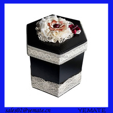 High-end mother of pearl inlaid jewelry box with nice lid