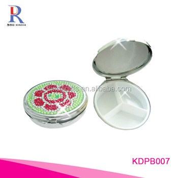 New flower stylish glitter crystal decorative pill box custom round pill box