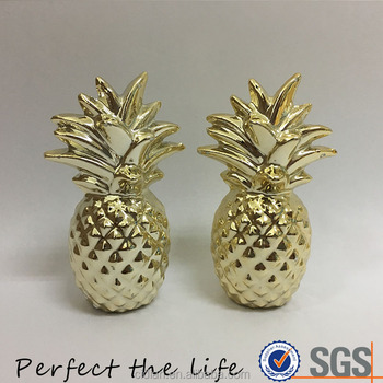 Home decoration Ceramic Aqua Pineapple With Gold Metallic Crown