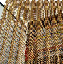 2017 China supplier stainless steel decorative wire mesh screen/decorative metal bead curtain