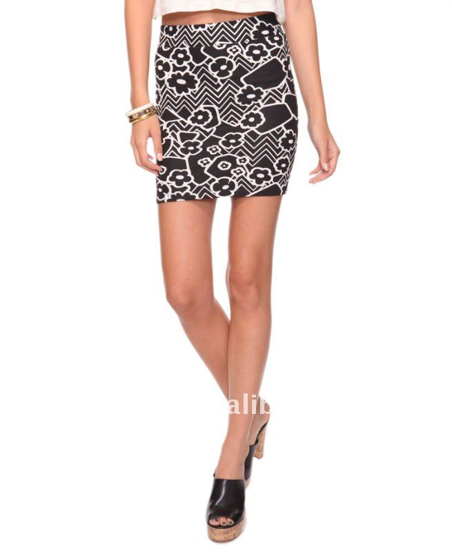 Zig Zag Floral Bodycon Skirt HFSK045