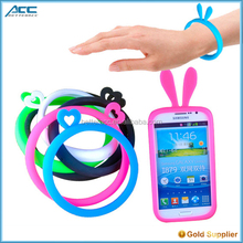 Universal silicone bumper case for mobile phone , bracelet case for cell phone
