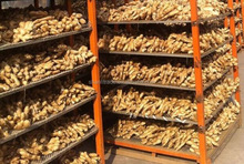 Fresh Air Dried Ginger ( bulky quantity )Looking For Buyers :