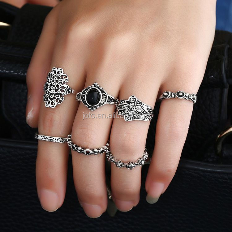 Hot 8Pcs/Set Gothic Retro Popular Antique Silver Bronze Women Boho Rings