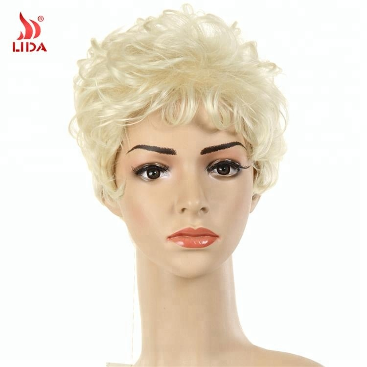 2018 fashion Blonde 613# Short Curly Synthetic Wigs For Black Women