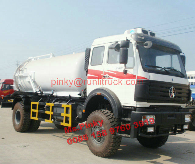 All Wheel Drive 4*4 UN Vacuum Sewage Suction Truck Beiben Off Road Septic Tankers