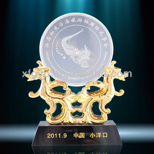 Gold Double Kylin Stand Crystal Animal Trophy Plaques
