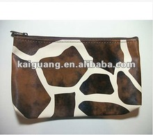 NWT-Artholic-Ribbon Pencil Giraffe Animal Print Cosmetic Makeup Travel Bag /Pencil Case /Clutch