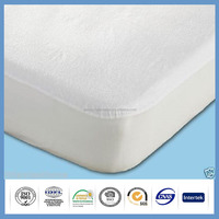 Queen size waterproof terry cloth material breathabke fitted sheet