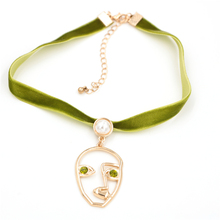 Wholesale 18K Gold Meaningful Crystal Face Jewellery Pendant Silk Chain Necklace