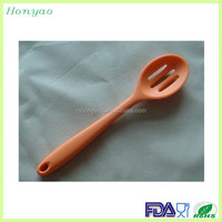private label kitchen silicone spoon in different shapes