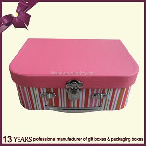 Rectangular metal gift box for storage