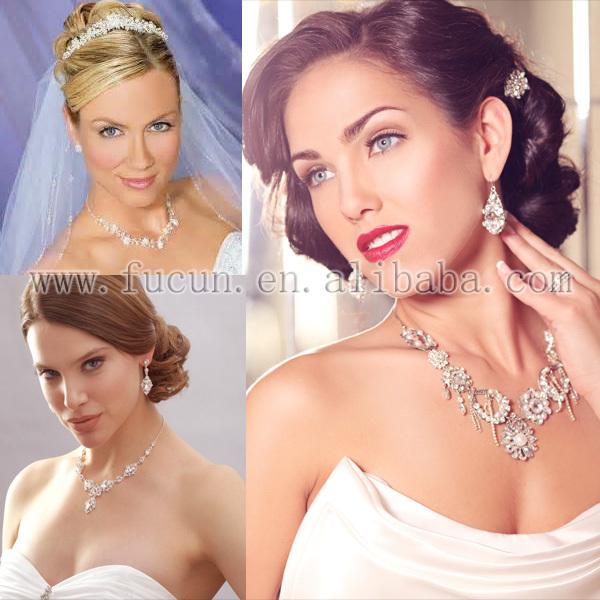 rhinestone jewelry set.jpg