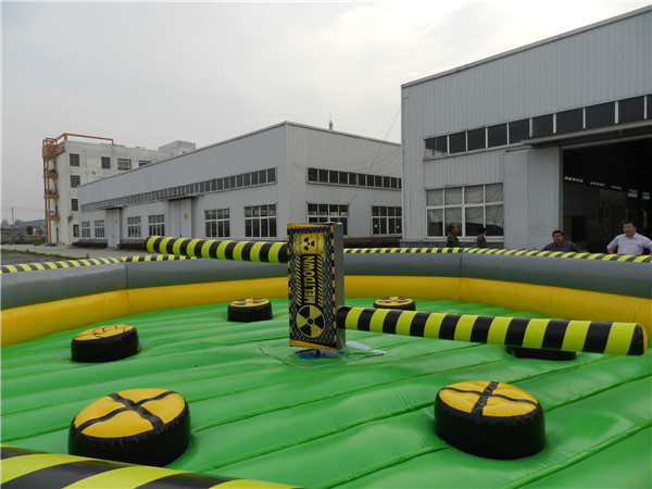 2017 popular wipe out game inflatable
