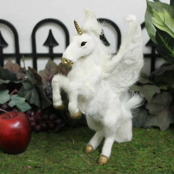 new design best selling artifical horse toy for garden decoration