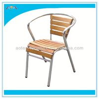 Comfortable wood dining armed chair