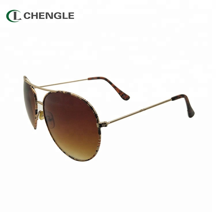 Free Sample New Type Hot Sale Wholesale Vintage Polarized Glasses