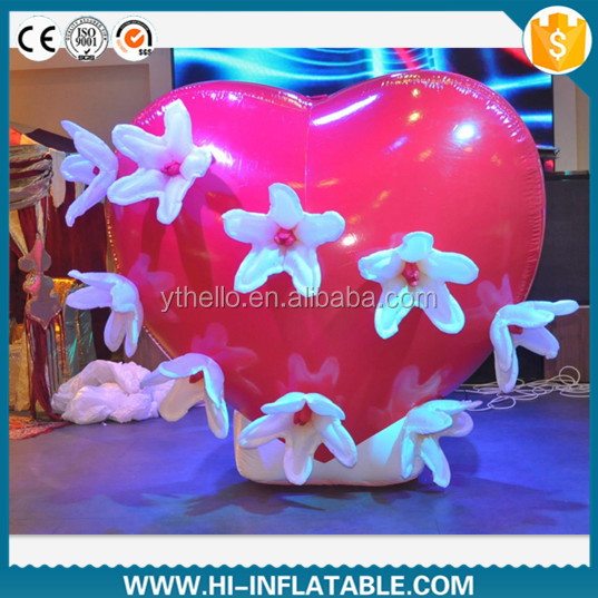 Hot-sale wedding valentine decoration inflatable red heart with flower