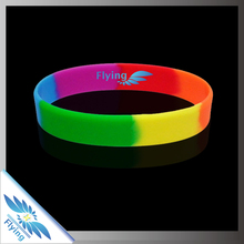 2016 Wholesale price promotional gifts and customized logo and print silicone wristband