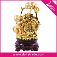 top quality gold plated resin carved monkey statue with many money