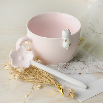 High grade 3D wholesale china ceramic personalized with a spoon animal shape elegant mug