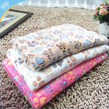 Pet Kennel Mat Thermal Thick Blanket Dog Paw Print Quilt Air Conditioning Blanket