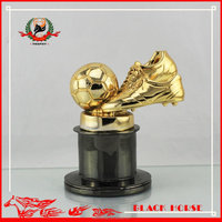 2016 New Design Football Shoes Trophy