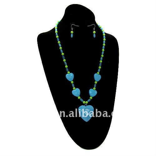 fashion cheap blue green acrylic beads and heart necklace earring jewelry set.cheap beads jewellery for promotional girts